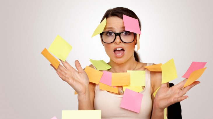 Stress-woman-with-post-its